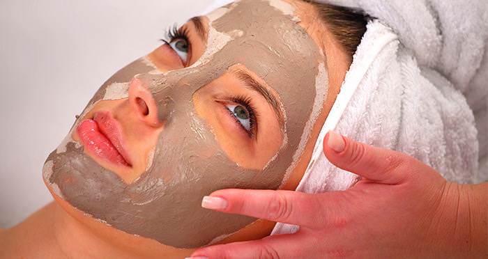 Zabieg oczyszczający dla skóry tłustej i trądzikowej